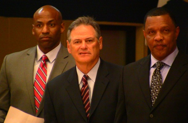 Coach Gentry, GM Demps to remain with Pelicans